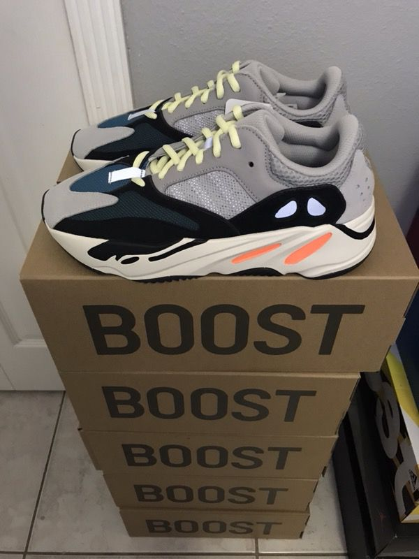 separation shoes 4f95d 51d5b Yeezy 700 wave runners and Mud rats 500 Read for Sale in Hialeah, FL -  OfferUp