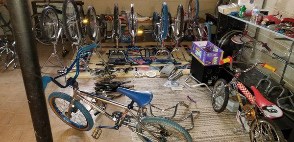 OLDSCHOOL BMX MONGOOSE SCHWINN ARAYA SCOOTERS FRAMES BIKES NEED ALOT GONE  for Sale in Dearborn, MI - OfferUp