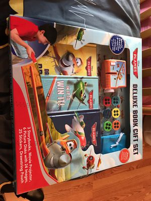 Boys Planes Deluxe Book ser for Sale in Gaithersburg, MD