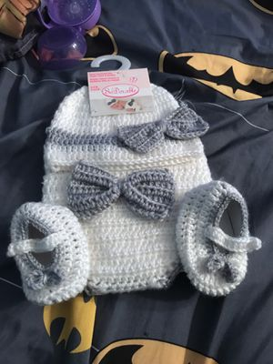 Baby Hand Crocheted Hat, Diaper and Booties 0-6 months for Sale in Montgomery Village, MD