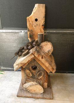 Cute handmade cedar birdhouse Thumbnail