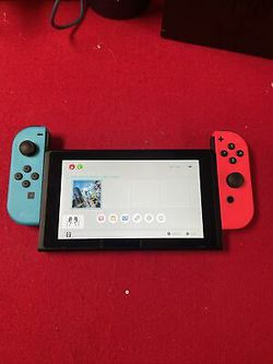 Nintendo Switch 32GB Neon Red/Neon Blue Console UNPATCHED   Thumbnail