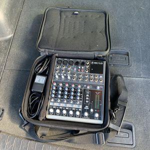 Mackie 802VLZ3 Premium Mic Line Mixer Audio Music DJ Sound Equipment W/ Case for Sale in Mesa, AZ