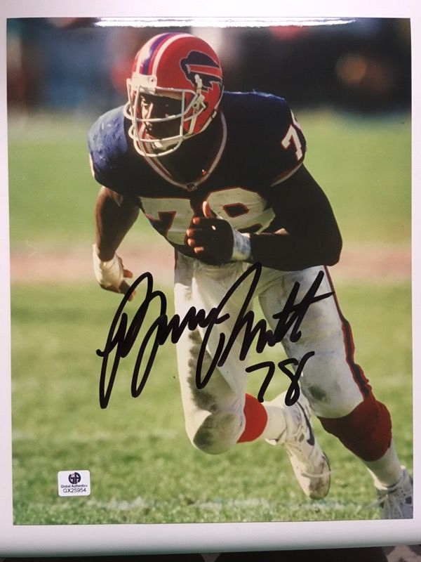 Bruce Smith Autographed 8x10 Photo with COA