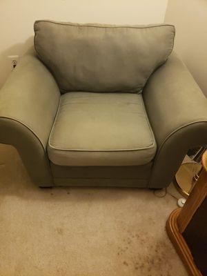 Oversized chair for Sale in Oakton, VA