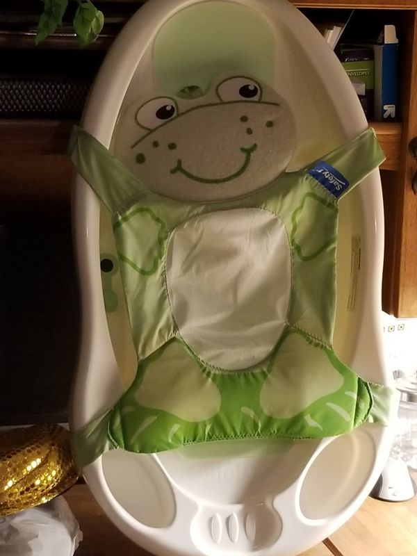 Baby bath with sling (Baby & Kids) in Mesa, AZ - OfferUp