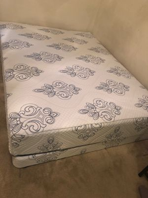 Memory foam queen and King mattress sets for Sale in Chevy Chase, MD