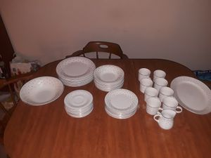 Set of 8 Gibson China Dishes for Sale in St. Louis, MO