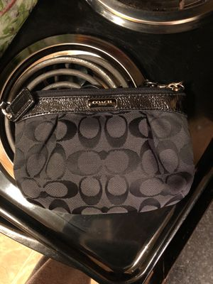 Coach wristlet for Sale in Salinas, CA