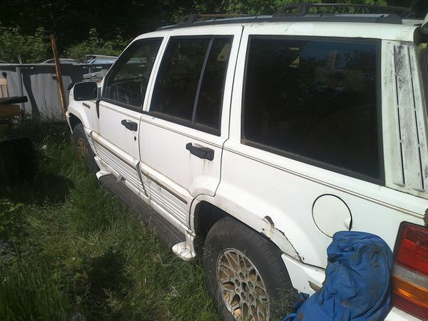 93 Jeep Grand Cherokee V6 Parting Out Or For Sale The Right Price In Darrington WA