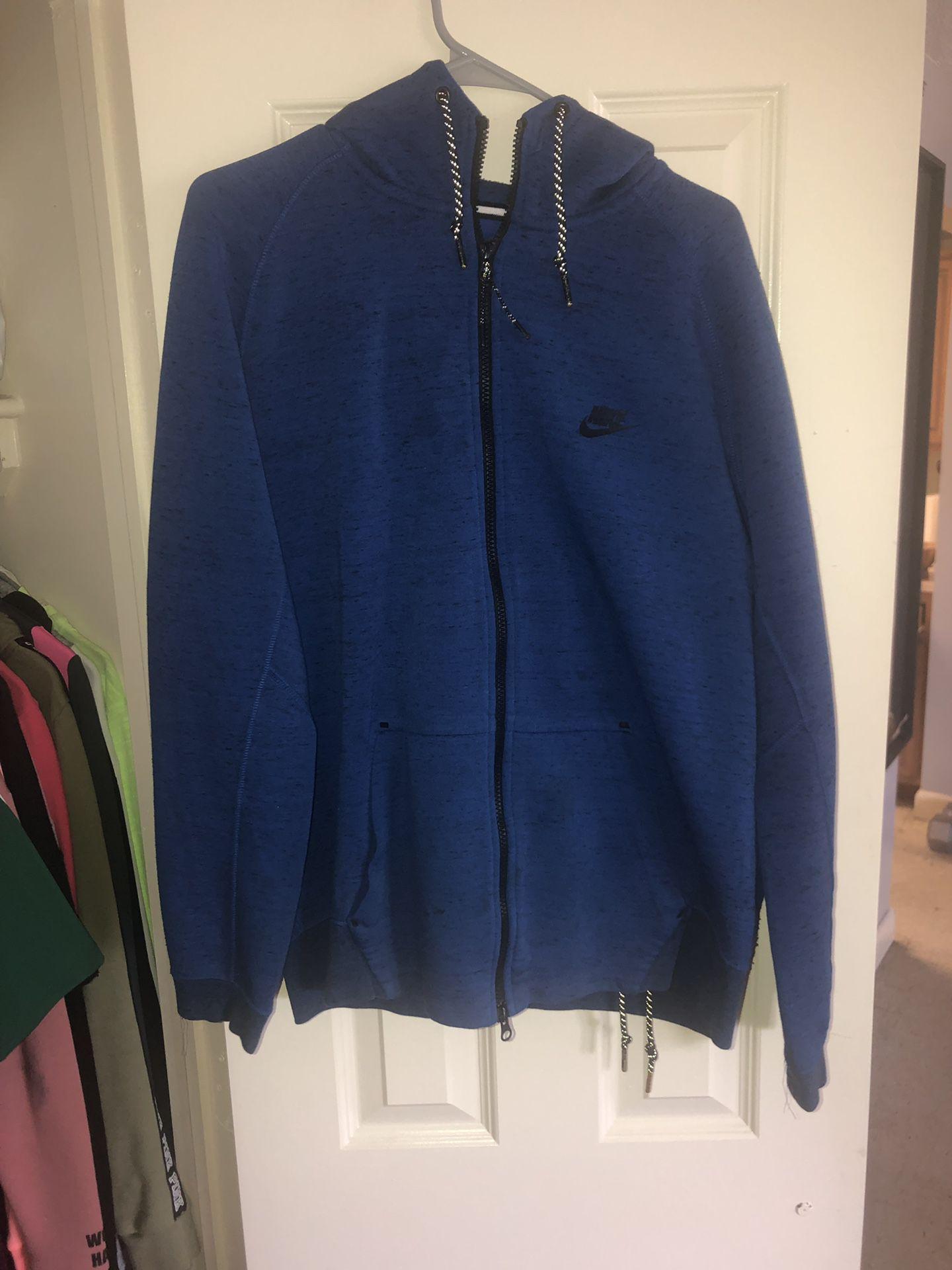 Blue nike tech hoodie 40$❗️❗️❗️❗️
