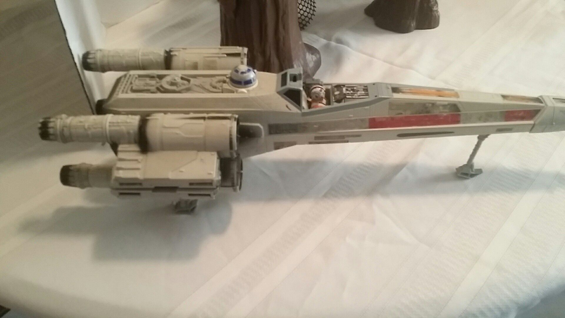 STAR WARS LOT EWOK VILLAGE AND X-WING FIGHTERS