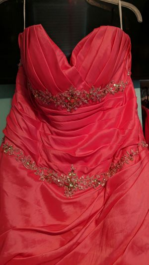 New and Used Prom dress for Sale in Tampa, FL - OfferUp