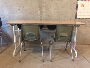 Photo Two seater school desk with 2 chairs vintage