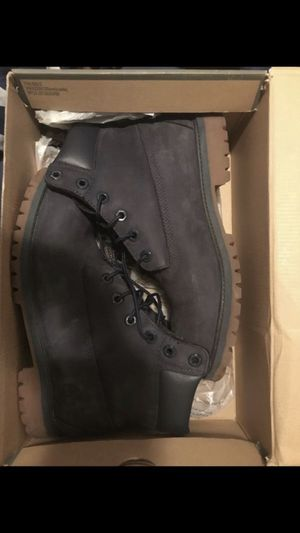 Timberland boots size 7 dollar blue only worn one time for Sale in Washington, DC
