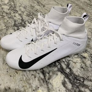 NIKE VAPOR UNTOUCHABLE 3 PRO FOOTBALL CLEATS MEN'S SIZE 10 and 11 #917165-105 Brand New in Box for Sale in Arlington, VA