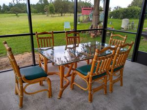 Rattan patio dining set FREE for Sale in Clermont, FL