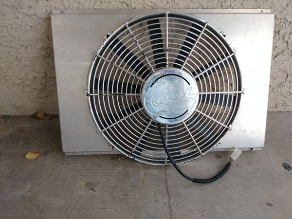 Summit Racing H O Electric Fan And Chrome Shroud For In Las Vegas Nv Offerup
