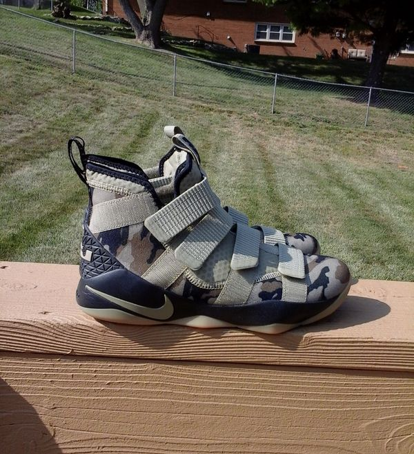 "967de7a98c34 Nike Lebron Soldier 11 ""Camo"" Size 11 for Sale in Omaha"