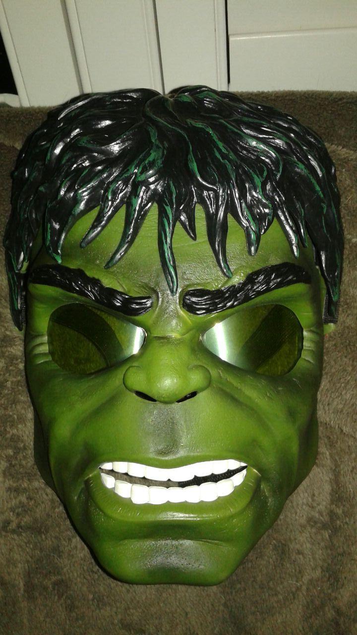 Hulk mask lights up Halloween mask