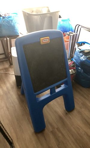 Little tikes black board for Sale in Gaithersburg, MD
