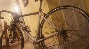 (Bike) Giant shimano 105 TCR c3 for Sale in Arlington, VA