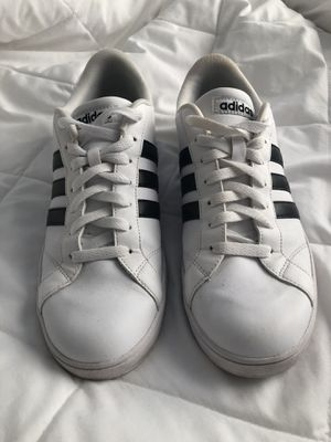 e92bea0603b73 Adidas White and Black shoes Women s size 11 Men s size 9 for Sale in Duluth