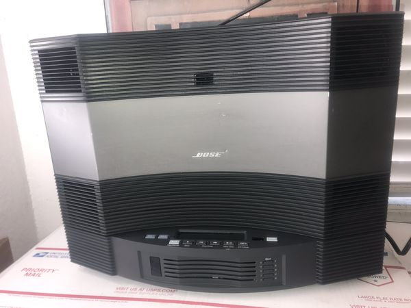 Bose Acoustic Wave Music System II 5/CD Multi-Disc Titanium Silver Not  included remote control for Sale in Long Beach, CA - OfferUp