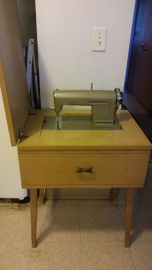Antique Kenmore Sewing Machine Model 120-71 for Sale in St. Louis, MO