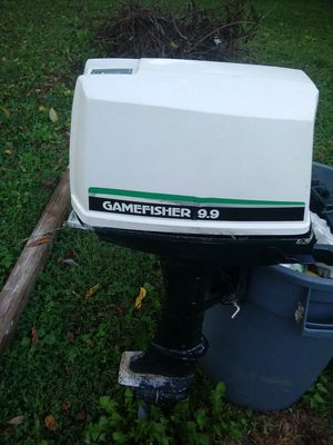Boat moter 9.9 gamefisher for Sale in Pittsburgh, PA