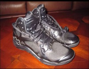 Under Armour Stephen Curry 8.5 Bball Shoes for Sale in Dublin, OH