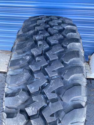 Photo ***BF goodrich mud terrain T/A ***LT 255/75/17 inch tires ***Check out pics ****