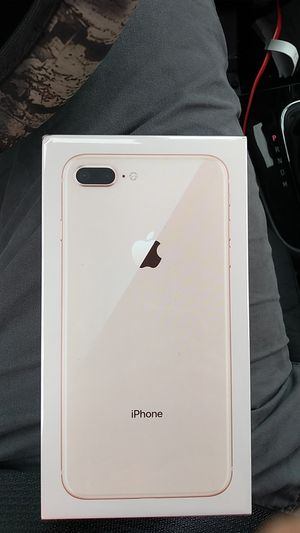 iPhone 8 plus Unlocked 64 GB ( Brand New) for Sale in Lewis Center, OH