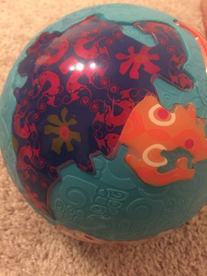 B brand world globe baby/toddler toy for Sale in Reston, VA