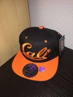 Cali SnapBack hat Thumbnail