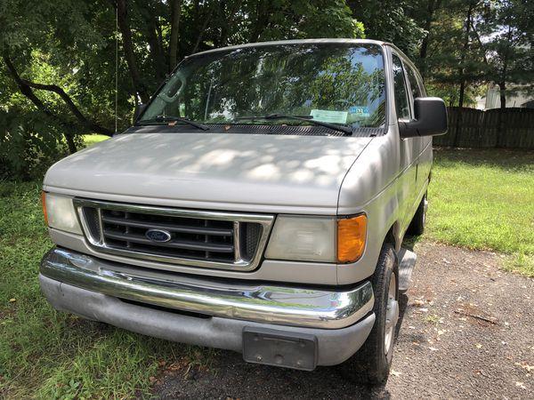 2003 Ford E350 Super Duty 12 passenger van for Sale in Old Bridge Township,  NJ - OfferUp