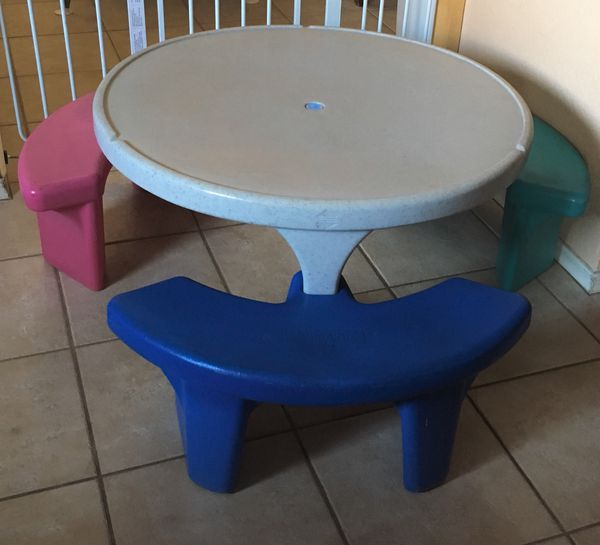 Kids table picnic fisher price for sale in phoenix az offerup watchthetrailerfo