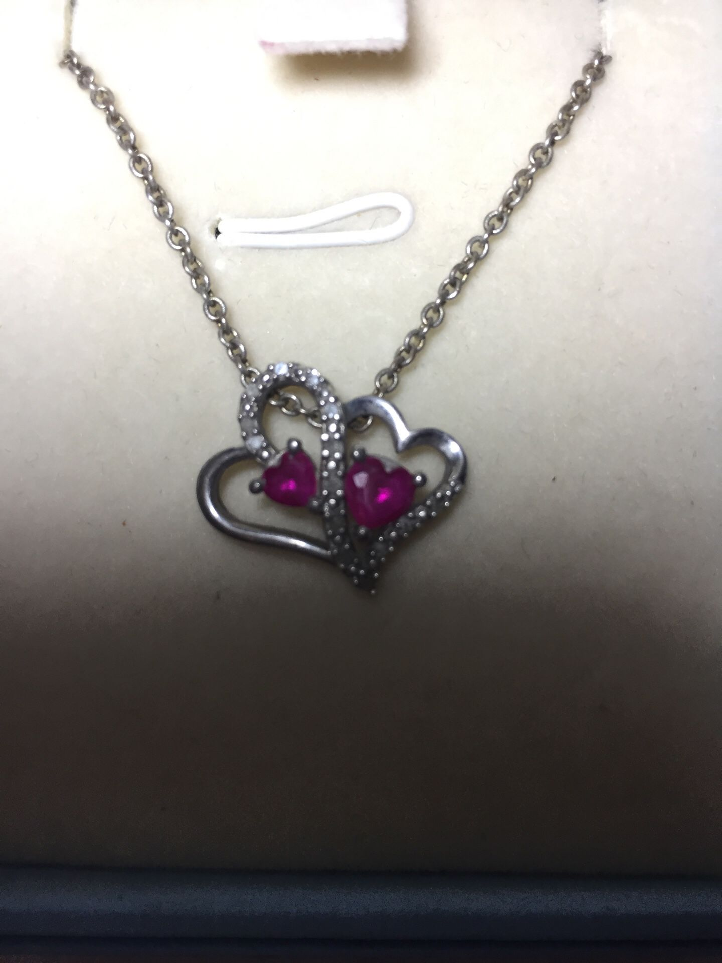 Heart necklace great for valentines