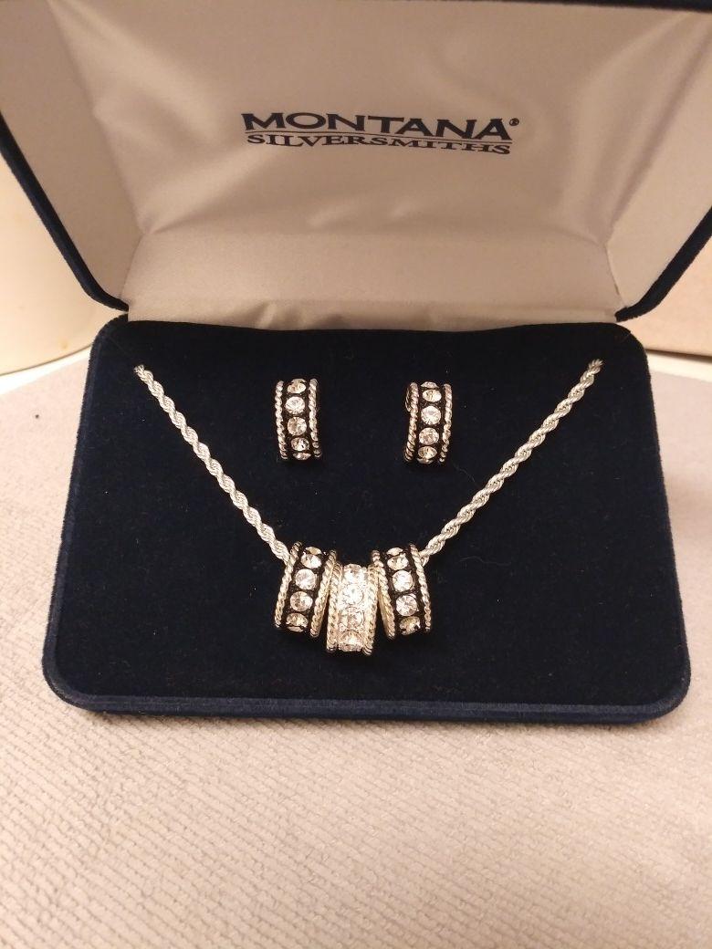 Montana Silver Necklace & Earrings Set