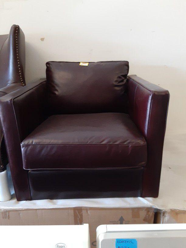 Very nice Leather Chair