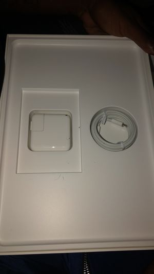 Brand New Macbook Air 13.3 inch Gold 256 GB for Sale in Germantown, MD
