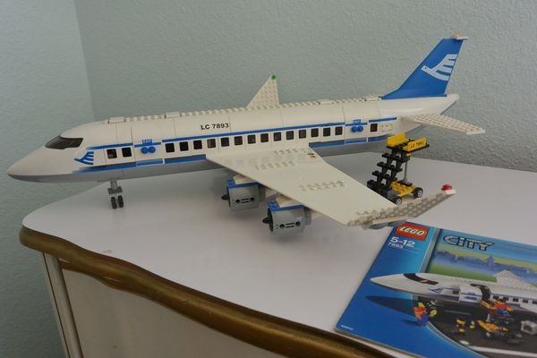 Lego City Passenger Plane Set 7893 For Sale In Modesto Ca Offerup