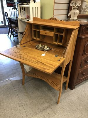 Oak Desk for Sale in Fort Washington, MD