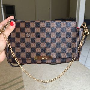 Lv wallet purse hand bag clutch Luis's Vuitton for Sale in Silver Spring, MD