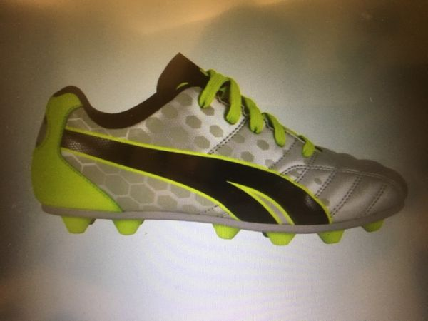 536bf1857c24 Brand new Puma ProCat soccer/football cleats size 3 for Sale in San Jose,  CA - OfferUp