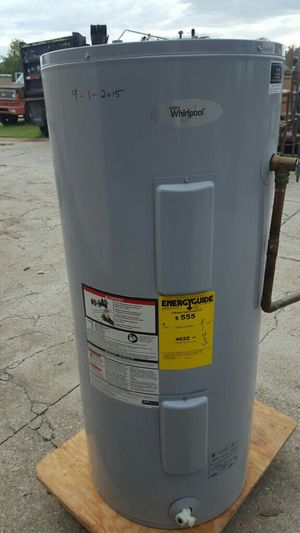 40 Gal Whirpool Electric hot water tanke for Sale in Tulsa, OK