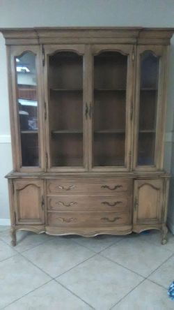 Oak wood hutch Thumbnail