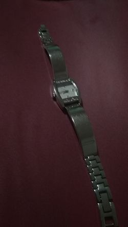 Movt siver watch new battery great condition Thumbnail