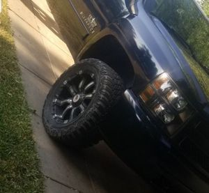"20×12.5 RPB rims with 33"" mud tires for Sale in San Antonio, TX"
