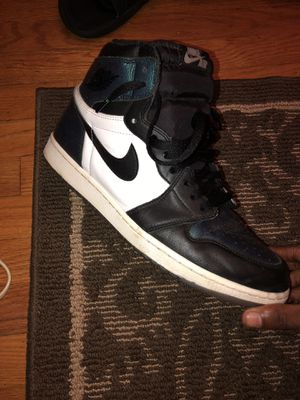 Air Jordan retro 1's chameleon size 13 need gone today for Sale in Baltimore, MD